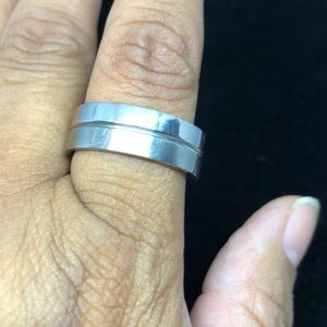 NWT Mans stainless steel ring